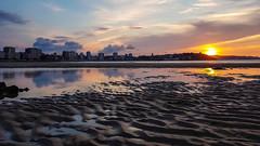Anocher desde Gijón (elcrackdevk) Tags: playa atardecer anochecer puestadesol paisaje