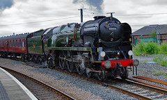 BR (SR) Merchant Navy Class - 35018 (dgh2222) Tags: steam locomotive charter train york station uk railways mainline