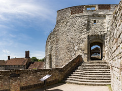 Farnham Castle Keep (Keith in Exeter) Tags: farnham castle keep fortress ruins steps gateway stonework building architecture english heritage wall house chimney surrey england