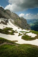 Combe de Tardevant Juin 2018 (Johan FREIMANN) Tags: aravis clusaz montagnes mountains lanscape lac lake tardevant combe france hautesavoie laclusaz neige spring trail trek