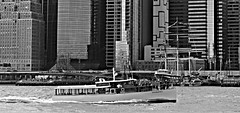 NY3 (adrien.remy) Tags: eastriverpark skyline boat eastriver manhattan nyc