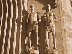 Adam & Eva (Teresa (be there...)) Tags: deutschland bayern franken oberfranken coburg stmorizkirche portal sepia monochrome skulptur statue adam eva apfel apple sculpture church bavaria germany moritzkirche kirche nackt nude people person bibel