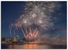 Philly Fireworks (richpope) Tags: philadelphia fireworks delawareriver nationalgeographic camden pennsylvaina pa pennslanding 4thofjuly