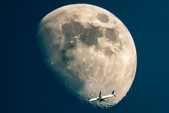 Timing (jpetcoff) Tags: timing plane jet moon perfect sky astronomy