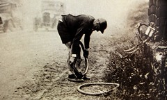 1931 TDF Changing wheel... (Sallanches 1964) Tags: tourdefrance 1931 tourdefrancewinners belgiancyclists