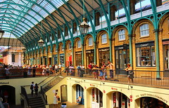 Covent Garden (Roy Richard Llowarch) Tags: coventgarden market markets london londonengland londonarchitecure londonmarkets architecture england english greatbritain unitedkingdom uk travel travelling daytrips citybreaks holidays holiday vacation vacations buildings building people places british summer summertime sunny sunshine royllowarch royrichardllowarch europe european city cities innercity streets outdoor indoor shops shopping color colour colorful colourful blueskies bluesky sky
