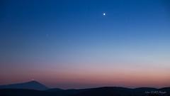 Mont Ventoux et Vénus (Décl'ike) Tags: ciel cielmétéo etoiles evènements lieux montventoux montagne montagnedelure natureetpaysages nuit paysages planète stagephoto techniquephoto venus