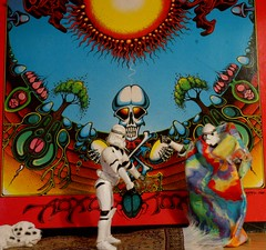 196 - 365 grateful dead (horsesqueezing) Tags: clonetroopers albumcover grateful dead oaxomoxoa toys 365 hippy