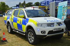 FT13 OSO (S11 AUN) Tags: lincolnshire police mitsubishi l200 rural crime team wildlife officer 4x4 anpr incident response vehicle panda patrol car countryside policing 999 emergency emopss eastmidlandsoperationalsupportservices ft13oso