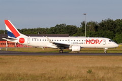 HOP! -  Embraer ERJ-190STD, F-HBLG (Bernd 2011) Tags: hop embraer erj190std erj190 fra eddf sunset 18west runway18 hhblg