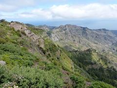 Látkép a Benchijigua-völgyre (ossian71) Tags: spanyolország spain kanáriszigetek canaryislands gomera lagomera garajonay tájkép landscape természet nature hegy mountain völgy valley