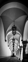 Cloister (Mariasme) Tags: cloister bueneméritauniversidadautónomadepuebla arches mexico repetition blackandwhite monochrome matchpointwinner mpt642