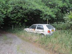 Volkswagen Golf 1.3 CL (Andrew 2.8i) Tags: car classic carspotting street spot spotting german abandoned hatch hatchback rusty mark 2 mk mk2 1300 1300cl 13cl cl 13 golf volkswagen ve uk unitedkingdom