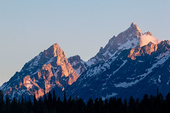 Teewinot and a Grand sunset (RPahre) Tags: teewinot grandteton grandtetons grandtetonnationalpark tetons sunset wyoming