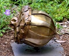 Acorn (pjpink) Tags: origami sculpture lewisginterbotanicalgarden lewisginterbotanicalgardens lewisginter gardens northside rva richmond virginia june 2018 summer pjpink 2catswithcameras