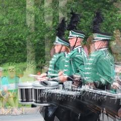 (Muybridge perspective) Litchfield drummer (Thiophene_Guy) Tags: xs1 thiopheneguy originalworks fuji fujifilmxs1 muybridgeperspective movingsubjectreferenceframe aleatoric