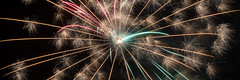 2018-07-14 (silare) Tags: red green gold fireworks show shepherdofthehills burst 4th july independence 4thofjuly america holiday porterranch losangeles california independenceday
