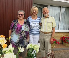180718 South Wigston, Leics - Jane with Carol & Tony Danvers (Gary Danvers Collection) Tags: england leicester