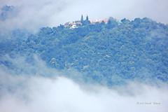 "Timely Exposure (ol'pete) Tags: clouds weater wet rain mountain temple buddhist chiangmai thailand ""watdoisuthep"" วัดดอยสุเทพ วัด ประเทศไทย ""doisuthep ดอยสุเทพ เชียงใหม่ พุทธกาลนิชน เมืองไทย ภูเขา เขา earthasia"