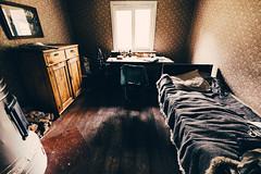 Korteniemen perinnetila (Tuomo Lindfors) Tags: tammela finland suomi korteniemenperinnetila korteniemi forestrangerestate liesjärvenkansallispuisto liesjärvi nationalpark makuuhuone bedroom