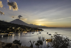 The monster awakens again (Rjianis) Tags: volcano bali coast agung vulkan indonasia sunset landscape nature naturelover landschaft landschaften