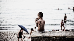 ... (Visavis..) Tags: odessa beachscene ukraine canoneos5d 100mm child boy seashore