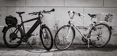 Bikes in juxtaposition (Peter Branger) Tags: activeassignmentweekly juxtaposition bicycle blackwhite stromer peugeot speedpedelec bestofweek1 bestofweek2 bestofweek3 bestofweek4 bestofweek5 bestofweek6