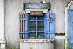 Closed (rsrx) Tags: old building place closed loxia50 zeiss sony ilce7 a7 street still photography life
