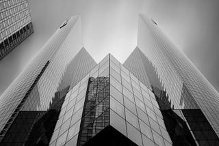 Architectural symmetry mono