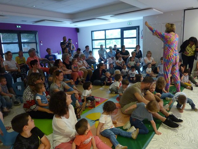 Photo 1 - Spectacle de la crèche familiale