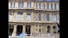 Façade éphèmère (Raymonde Contensous) Tags: paris louvre courcarréedulouvre installation curiosité reflets structure façade insolite