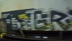 188 (en-ri) Tags: grile faire giallo nero bianco video arrow train torino graffiti writing treno merci freight