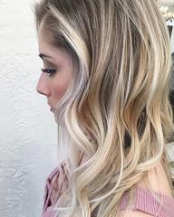Trendy Haarfarbe Ideen – Blond Und Schwarz Frisuren #FrauenFrisuren, #Frisuren, #Haarfarben (votrecoiffure) Tags: blond frisuren haarfarbe ideen schwarz trendige trendy