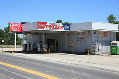 Cooke's Quick Stop (pasa47) Tags: 2018 canon 6d 28300mm tamronlens mo zoomlens winfield missouri unitedstates us