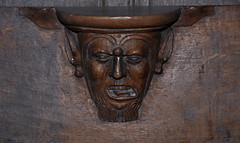 Quaëdypre, Flandre, Nord, Église Saint-Omer, choir, stalls, misericord with ornamented face (groenling) Tags: quaëdypre kwaadieper france flandre nord hautsdefrance fr églisesaintomer choir koor chœur stalles stalls wood carving woodcarving misericord head face tête bergues abbey abbaye stwinoc fool nar fou foolscap narrenkap beard barbe baard tongue tong langue