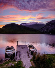 Llyn Y Dywarchen Sunset - Snowdonia National Park (Max Hawkins) Tags: beauty boat britain cloud clouds cloudscape color explore glow gwynedd jetty lake llynydywarchen mountains nationalpark northwales orange outdoors pink red reflection reservoir sky snowdon snowdonia sunset uk unitedkingdom wales water rhydddu gb