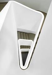 Folded stairs (michael_hamburg69) Tags: hamburg germany deutschland hansestadt stair stairs stairway treppenhaus stairwell steps escalier escala escalera ле́стница rampa scala architekt architecture architect modern jürgenmayerhermann jmayerh cogiton bürohaus office building triangle dreieck steckelhörn