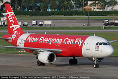 9M-AFY   Airbus A320-216   AirAsia (james.ronayne) Tags: 9mafy airbus a320216 airasia aeroplane airplane plane aircraft jet jetliner airliner aviation flight flying singapore changi sin wsss canon 80d 100400mm raw