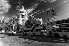 St. Paul's (Derwisz) Tags: stpaulscathedral cathedral church architecture dome baroque buildings bus city cityoflondon london england unitedkingdom uk canon canoneos40d blackwhite blackandwhite bw street cityscape