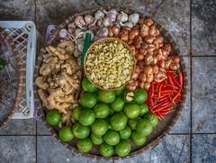 Basket of Flavors (Hanoi, Vietnam. Gustavo Thomas © 2018) (Gustavo Thomas) Tags: smell garlic ghili ginger lime ajo limón jengibre basket flavor vietnam hanoi vietnamese travel voyage voyager colour color viaje cooking ingredients life vida