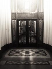 (matthew valencia) Tags: 5410wilshireblvd losangeles california southerncalifornia artdeco architecture building floor lobby entrance dominquezwilshirebuilding miraclemile