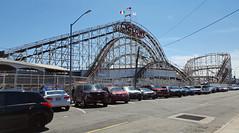 Coney Island Cyclone, Brooklyn (SomePhotosTakenByMe) Tags: coneyislandcyclone cyclone achterbahn rollercoaster auto car urlaub vacation holiday usa america amerika unitedstates newyork nyc newyorkcity newyorkstate stadt city coneyisland brooklyn outdoor amusementride fahrgeschäft