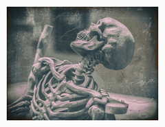 Death Looks Back (yoyomaoz) Tags: petermaynard lifeinshadows adelaide southaustralianartgallery