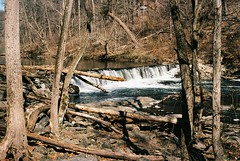 DR2-057-27 (David Swift Photography) Tags: davidswiftphotography pennsylvania philadelphia wissahickoncreek creeks streams waterfalls fairmountpark forest trees water nature 35mm northwestphiladelphia film nikonfm2 fujicolor