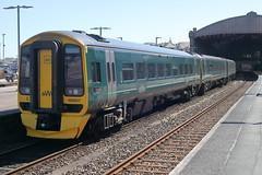 158957 (Rob390029) Tags: gwr great western railway class 158 158957 train track tracks rail rails dmu diesel multiple unit transport transportation travel gwml mainline