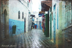 Asilah (alanchanflor) Tags: canon color textura marruecos asilah tanger árabe añil calle