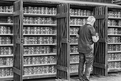 a touch of glass (stevefge (away travelling)) Tags: 2018 deutschland duitsland germany munchen biergarten glass glasses stein storage wooden racks people candid men reflectyourworld unsuspectingprotagonists blackandwhite bw monochrome zw zwartwit street summer zomer bayern bavaria beer