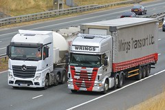 MP4 & R440 (panmanstan) Tags: mercedes mp4 scania r440 wagon truck lorry commercial haulage vehicle a1m fairburn yorkshire