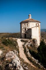Chiesa di Santa Maria della Pietà (johnnybrasc0) Tags: rocca calascio chiesa santa maria pietà church landscapes mountain nature fortress abruzzo italy