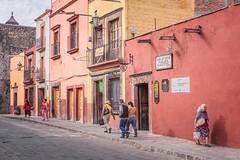 biblioteca publica municipal (bugeyed_G) Tags: sanmigueldeallende mexico mexican hispanic historic colonial architecture unesco worldheritagesite street pedestrians sidewalk travel tourism